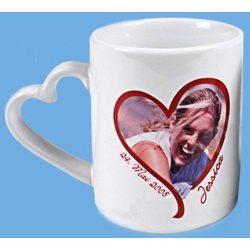 Порцеланова чаша с дръжка сърце