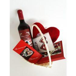 Подаръчна кошница за Свети Валентин 3