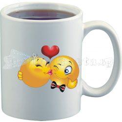 Бяла чаша за влюбени с емотикони 10